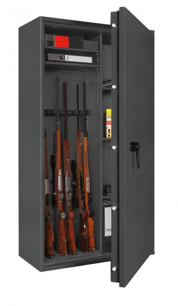 Gun Safe FORMAT Capriolo 5 open with weapon
